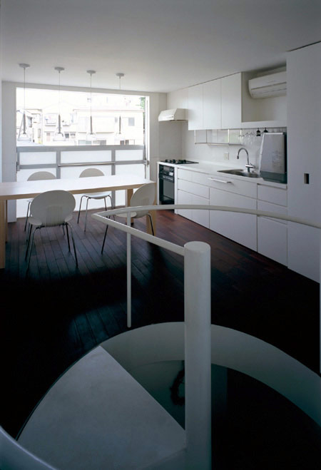 Long-tall-house-by-spacespace-27