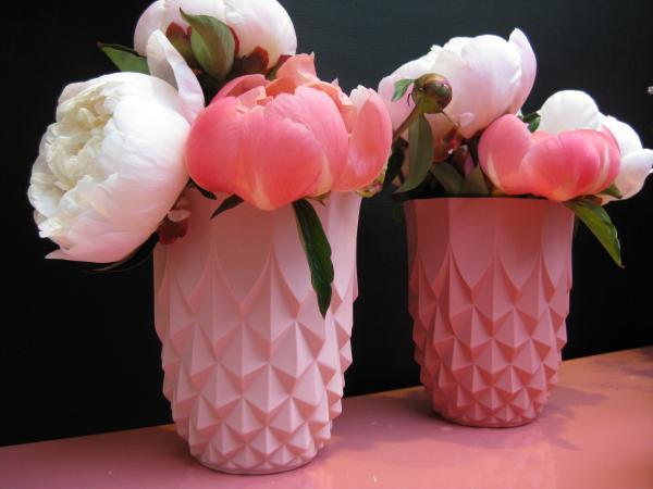 Pink porcelain