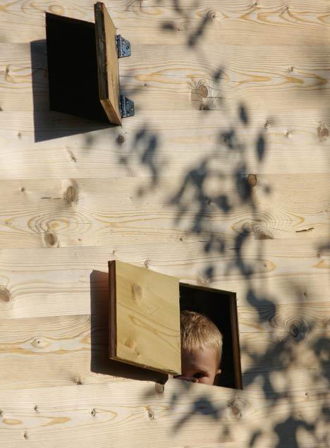 Dzn_Tree-House-by-Ravnikar-Potokar-31