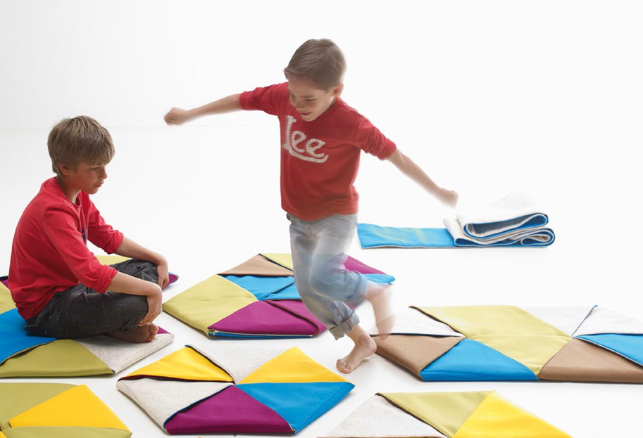 Zip carpet by Mut Design